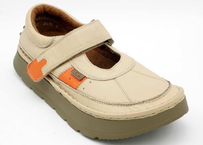 b45a898f927 obuv LESTA